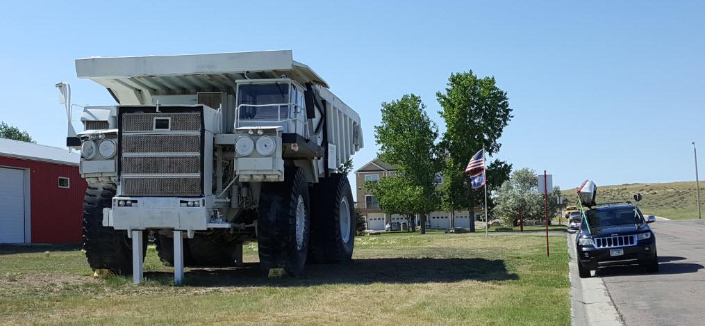 Coal Truck vs Jeep